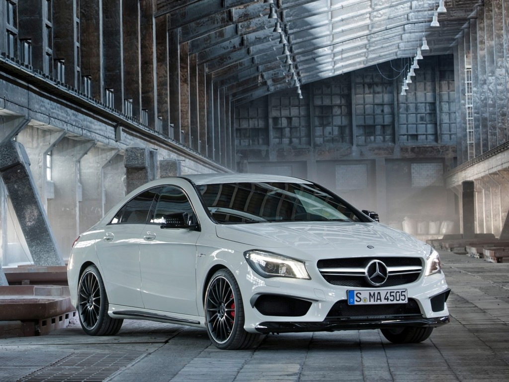 2014-mercedes-benz-cla45-amg-leaked-photos 100422088 l
