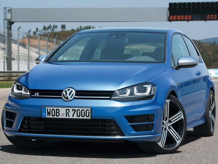 volkswagen-golf r 2014 800x600 wallpaper 01