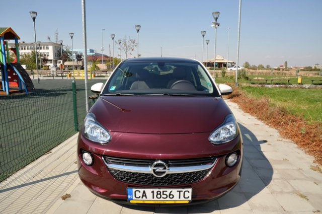 Тест на Opel Adam 1.4 87hp